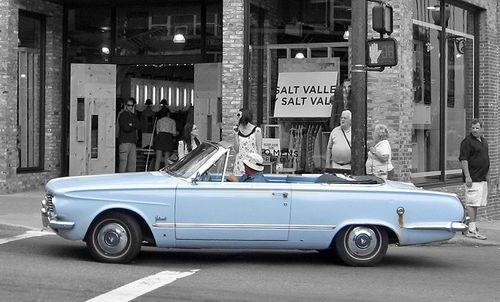 Plymouth_Valiant_1963