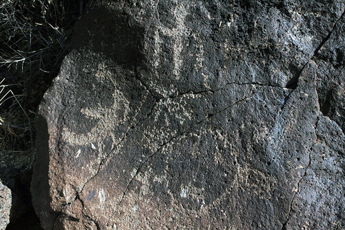 Petroglyphs_closeup